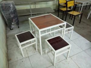 bàn ghế gổ cafe giá rẻ tại xưởng sản xuất HGH 1198