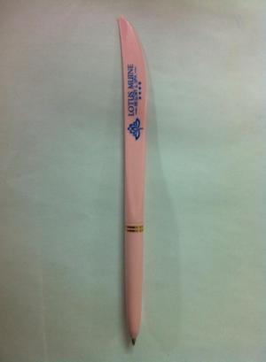 Bút bi cán dao in logo giá rẻ