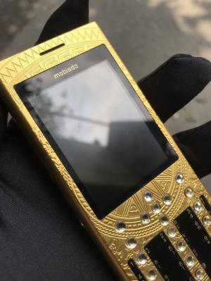 Điện thoại Mobiado 3gcb phiên bản trống đồng giá rẻ