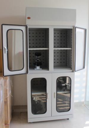 Tủ chứa kính hiển vi