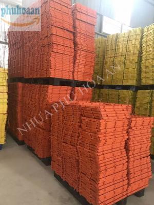 Chuyên sản xuất và phân phối số lượng lớn tấm lót sàn chăn nuôi Phú Hòa An