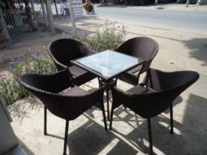 bàn ghế cafe mây nhựa giá rẻ tại xưởng sản xuất HGH 1308