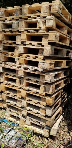 Pallet gỗ kt 1050x1050x140
