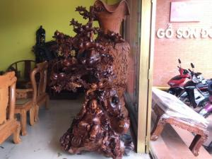 Di lặc ngồi gốc đào gỗ hương siêu Vip– DL514