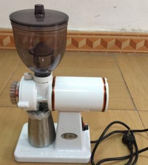 Máy xay cafe dùng được trong các quán cafe