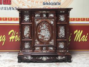 Tủ thờ gỗ cẩm lai cẩn ốc