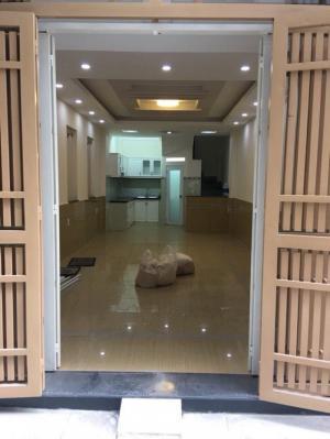 Bán nhà Huỳnh Văn Bánh,  Phú Nhuận, 3 tầng mới đẹp ở ngay giá 4,8 tỷ