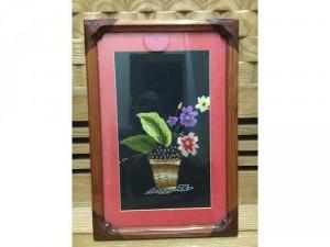 """Tranh thêu tay, bức: """"Lẵng hoa"""", khung gỗ tự nhiên bo viền đẹp"""