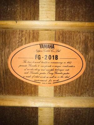 Bán guitar nhật cũ yamaha tại biên hòa