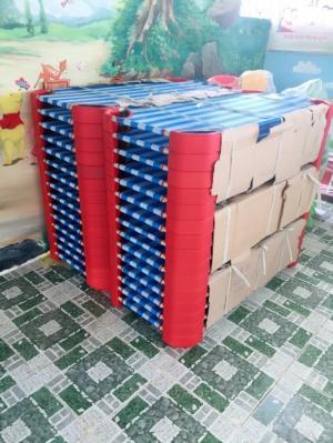 Bán bàn ghế nhựa đúc -  thiết bị trường học