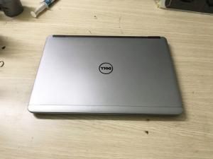 LaptopDell cũ xách tay hàng đẹp 90% - Bảo hành 12 tháng
