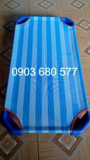 Giường ngủ mầm non giá rẻ - chất lượng cao