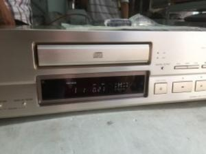 Chuyên bán Cd Sony x777ESA hàng đẹp LOUNG LINH