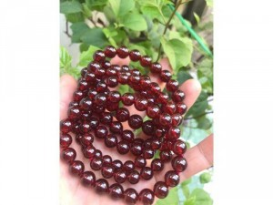 vòng đá granet đỏ tự nhiên nữ mệnh hoả mệnh thổ — size 8mm = 550k