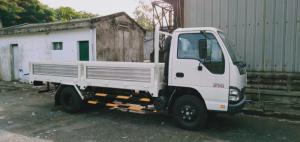 xe tải isuzu 2t5 thùng lững qkr230 đời 2019