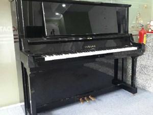 Piano Yamaha YUA like new