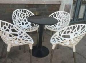 bàn ghế nhựa táo hoa văn giá rẻ