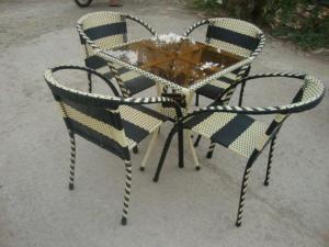 bàn ghế mây nhựa giá rẻ hgh02