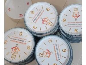 Đồng hồ quà tặng cty giáo dục quốc tế