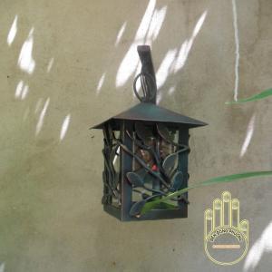 Đèn ốp tường sân vườn