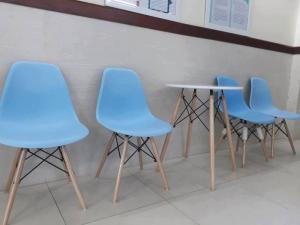 Bàn ghế cafe xuất khẩu thanh lý