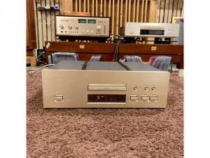 Đầu CD TEAC VRDS-25XS
