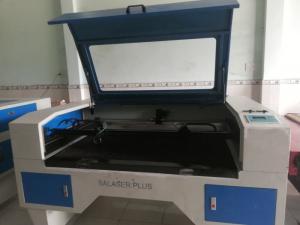 Cần bán máy laser 1390 2 đầu cắt 80 W máy mới...