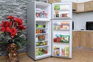 tủ lạnh giá sôc, chất lượng tốt