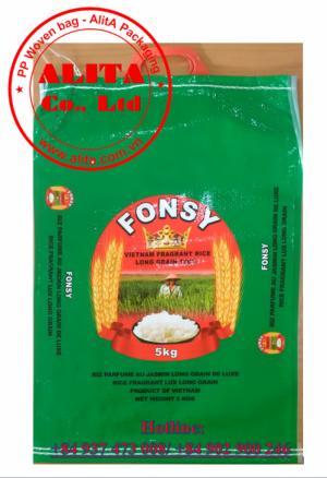 Túi đựng gạo 5kg, 10kg ghép màng BOPP, gắn quai xách màu đỏ