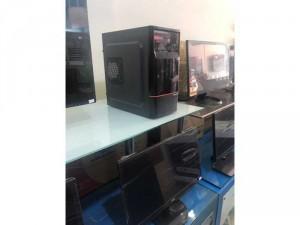 máy tính để bàn core i3 và màn hình 19 inch