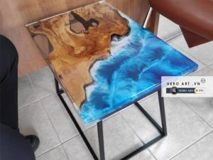 Bàn gỗ keo epoxy xanh nước biển