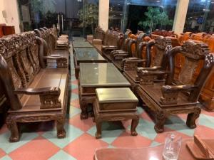 Bộ bàn ghế giả cổ trạm voi gỗ mun đuôi công