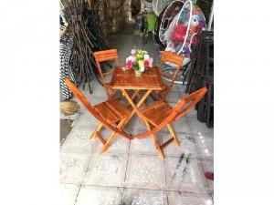 Bàn ghế xếp gỗ tự nhiên giá rẻ
