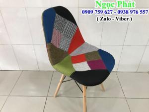 Ghế cafe M2014. Ghế cafe bọc vải bố, chân ghế gỗ. Nệm ngồi - Bàn Ghế Cafe Ngọc Phát.
