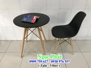 Bộ bàn ghế gỗ cafe home stay. Ghế nhựa chân gỗ. Nệm Ngồi - Đệm Ngồi - Gối Tựa Lưng. Ngọc Phát.