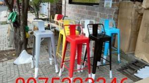 Cần thanh lý một số bàn ghế Cafe giá rẻ