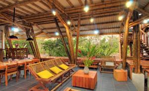 Thiết kế và hoàn thiện nội thất tre ống, tre thân - BambooVietArt.Com