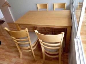 Bộ bàn ghế gỗ cabin