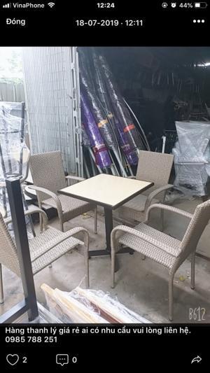 thanh lý gấp 50 bộ bàn ghế mây nhựa xuất khẩu tồn kho