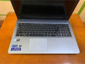Asus A540UP i3 7100u 4gb 500gb Vgn 2gb đẹp...