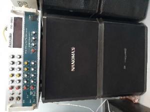 1 amply Boston và 1 đôi loa Nanomax