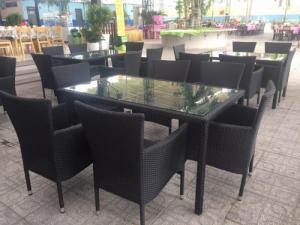 Ghế nhựa giả mây Ghế cà phê, bàn ghế cà phê, xích đu nội thất Tấn Hoàng