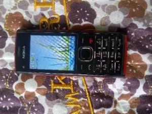 Nokia X2-00 màu đen...nghe nhạc hay