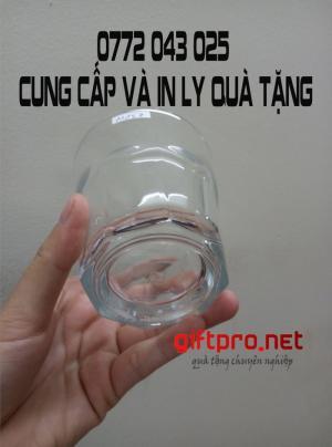 Xưởng in logo lên ly cốc thủy tinh giá rẻ TPHCM