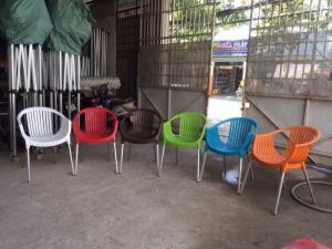 ghế cafe nhựa chân nhôm giá rẻ