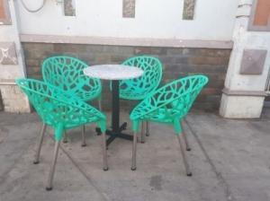 bộ bàn ghế cafe táo hoa văn giá tốt nhất tại xưởng sản xuất