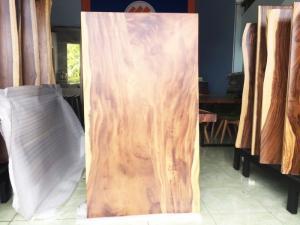 Mặt bàn gỗ me tây tự nhiên 1500x873