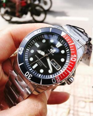 Đồng hồ nam SEIKO 5 Sports Sea Urchin Pepsi