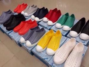 Giày Nhựa Native