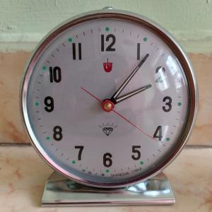 đồng hồ báo thức